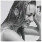 Yvonne-Strahovski-Hunter-Magazine-07