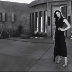 Anne-Hathaway-Town-Country-February-07