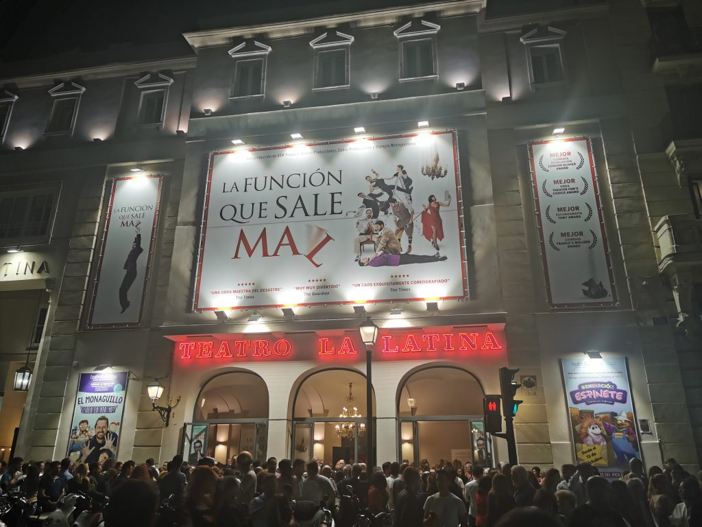 Fachada teatro La Latina