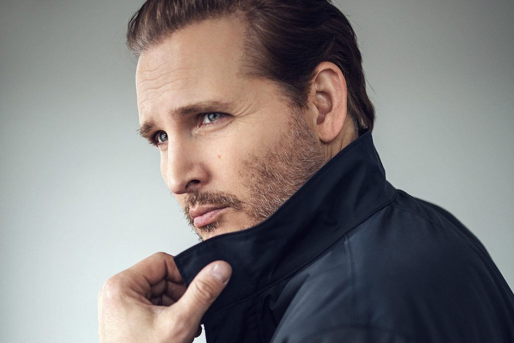 Peter-Facinelli-Swagger-02