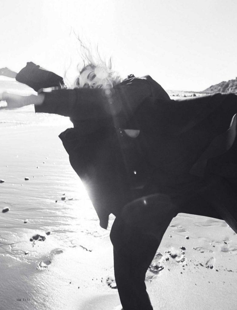 Charlize-Theron-–-Elle-Magazine-julio-01