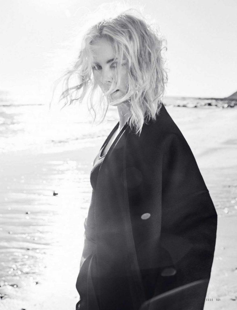 Charlize-Theron-–-Elle-Magazine-julio-04
