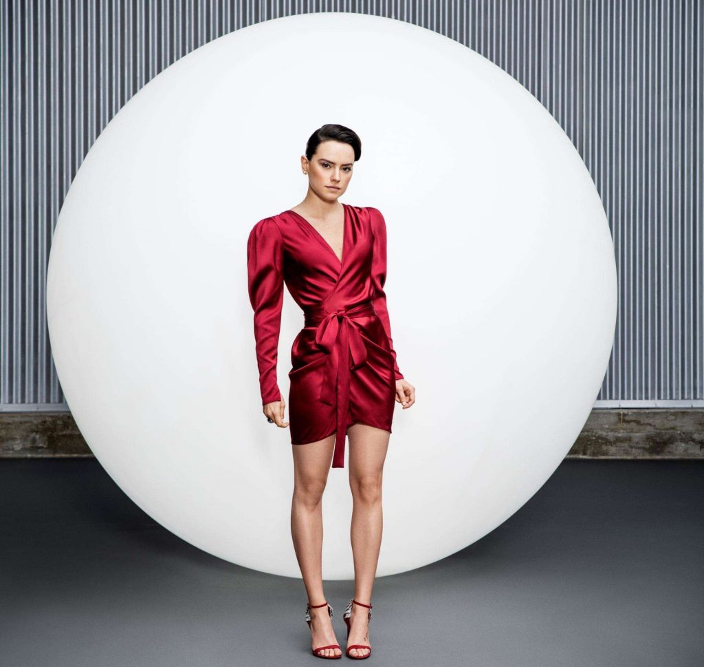Daisy-Ridley-in-The-Guardian-Weekend-Magazine-01