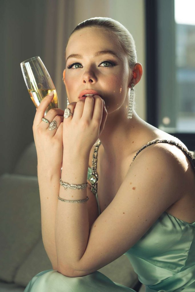 Elle-Fanning-Golden-Globes-07