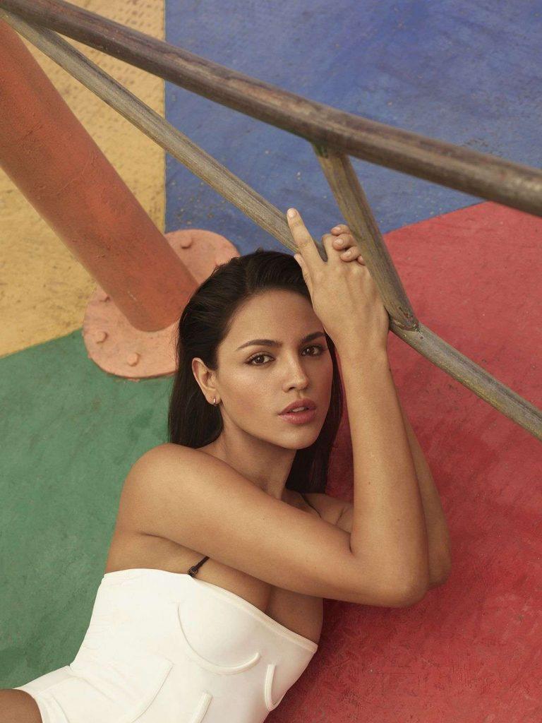 Eiza-Gonzalez-Shape-Magazine-04